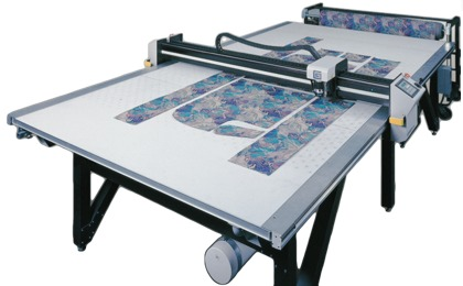 Gerbercutter dcs 2500 corte autom tico introductora for Plotter de mesa